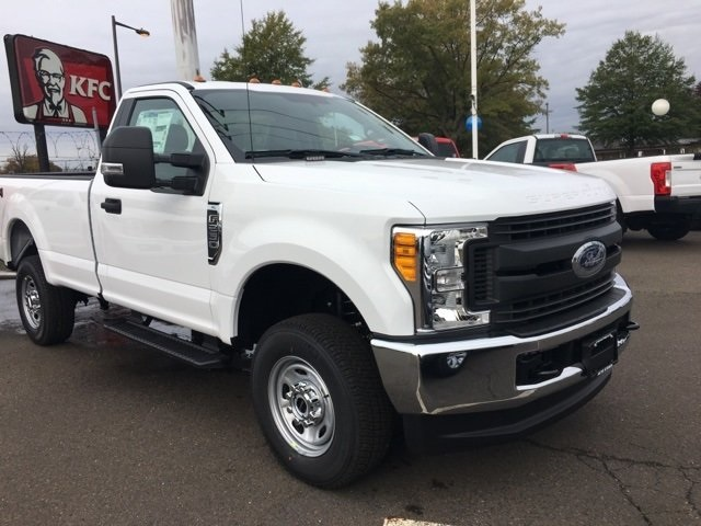 2017 F-250 Regular Cab 4x4, Pickup #92587 - photo 4