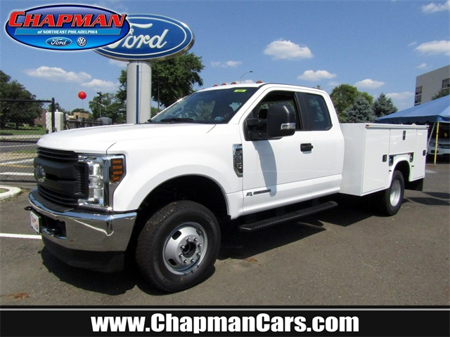 2018 F-350 Super Cab DRW 4x4,  Knapheide Standard Service Body #A11305 - photo 1