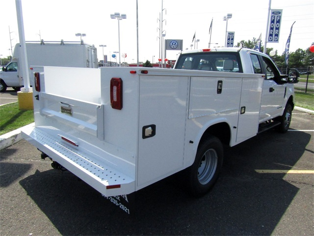 2018 F-350 Super Cab DRW 4x4,  Knapheide Service Body #A11305 - photo 4