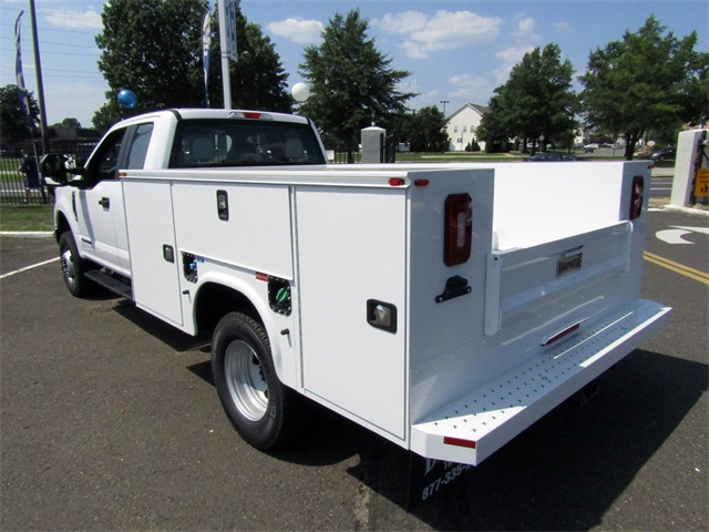 2018 F-350 Super Cab DRW 4x4,  Knapheide Service Body #A11305 - photo 2