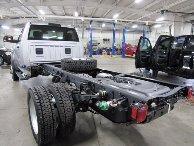 2017 Ram 5500 Regular Cab DRW 4x4, Cab Chassis #N17122 - photo 6