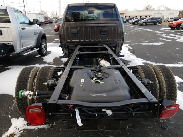 2018 Ram 5500 Regular Cab DRW 4x4, Cab Chassis #N18091 - photo 7