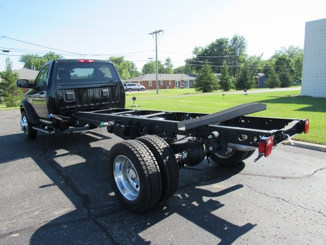 2018 Ram 5500 Regular Cab DRW 4x4,  Cab Chassis #N18289 - photo 3