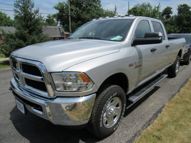 2018 Ram 3500 Crew Cab 4x4,  Pickup #N18446 - photo 4