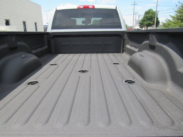 2018 Ram 3500 Crew Cab 4x4,  Pickup #N18446 - photo 9