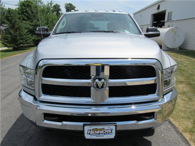 2018 Ram 3500 Crew Cab 4x4,  Pickup #N18446 - photo 3