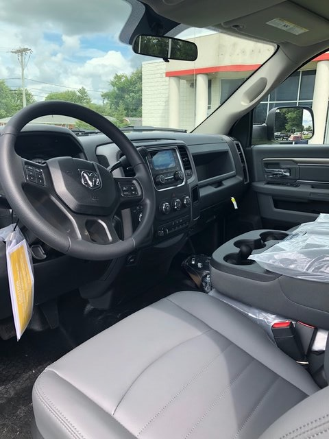 2018 Ram 5500 Regular Cab DRW 4x4,  Cab Chassis #N18466 - photo 10