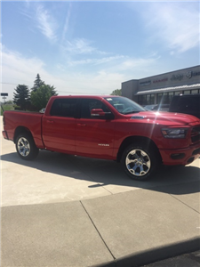 2019 Ram 1500 Crew Cab 4x4, Pickup #N19021 - photo 4