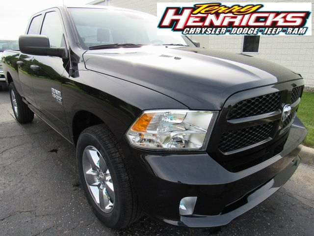 2019 Ram 1500 Quad Cab 4x4,  Pickup #N19098 - photo 1