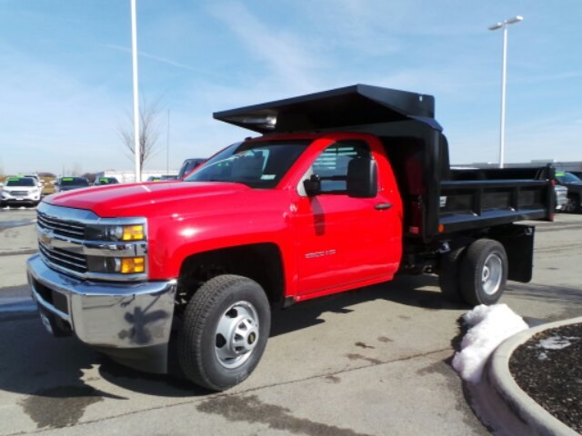 2017 Silverado 3500 Regular Cab DRW, Crysteel Dump Body #173157 - photo 4