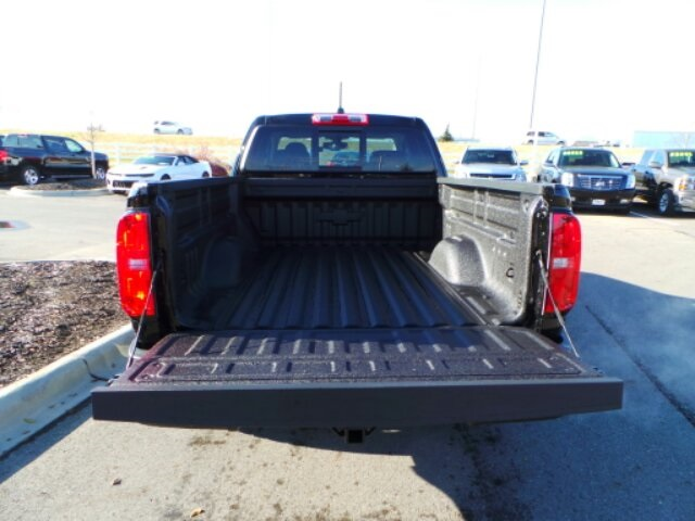 2018 Colorado Extended Cab 4x4,  Pickup #180386 - photo 7