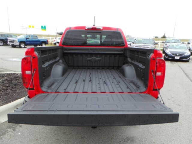 2018 Colorado Crew Cab 4x4,  Pickup #180550 - photo 11
