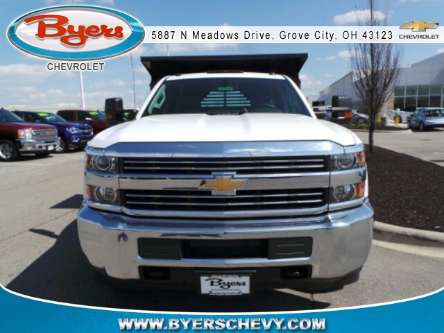 2018 Silverado 3500 Crew Cab DRW 4x4,  Crysteel Dump Body #183055 - photo 4