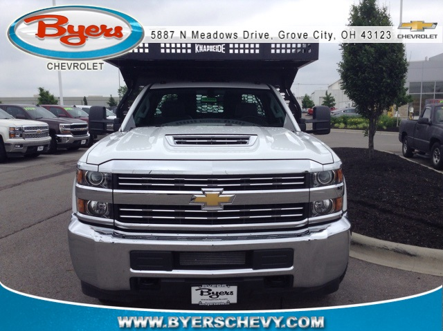 2018 Silverado 3500 Regular Cab DRW 4x4,  Knapheide Contractor Body #183059 - photo 3