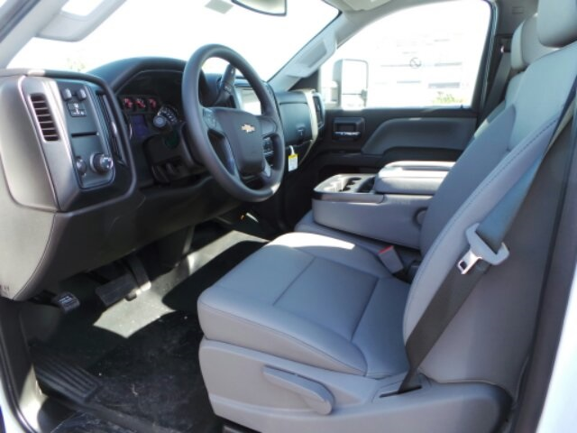 2018 Silverado 3500 Regular Cab DRW 4x2,  Reading Service Body #183073 - photo 30
