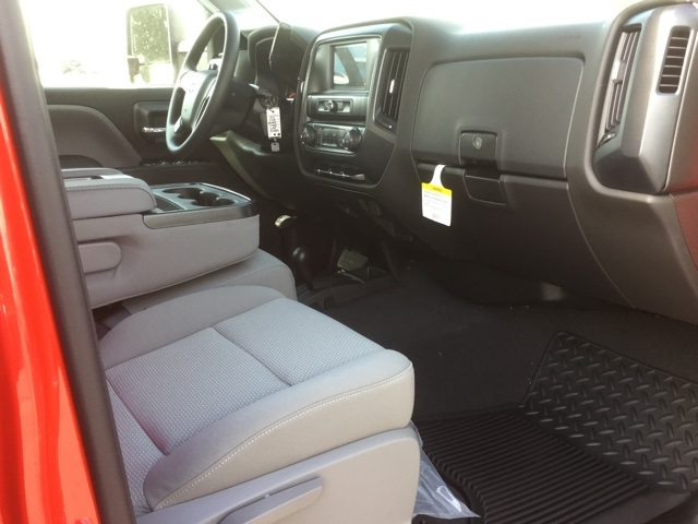 2019 Silverado 2500 Crew Cab 4x4,  Pickup #190074 - photo 27