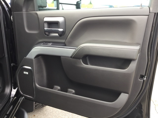 2019 Silverado 2500 Crew Cab 4x4,  Pickup #190147 - photo 34