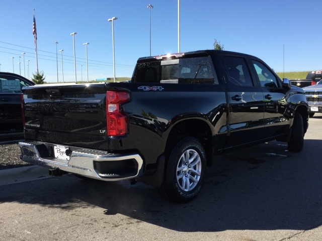 2019 Silverado 1500 Crew Cab 4x4,  Pickup #190179 - photo 2