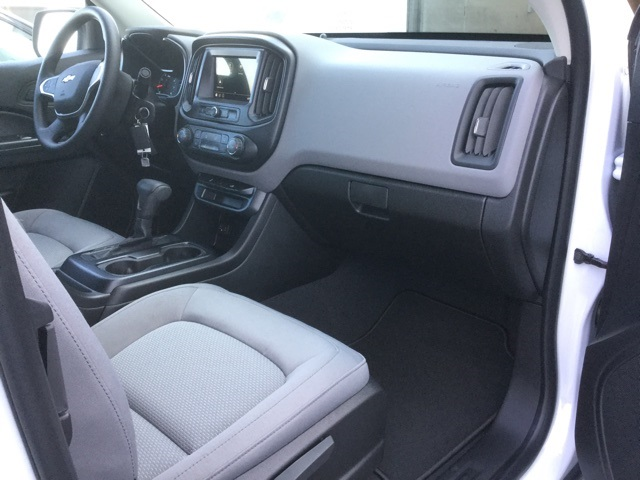 2019 Colorado Extended Cab 4x2,  Pickup #190240 - photo 28