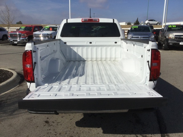 2019 Colorado Extended Cab 4x2,  Pickup #190240 - photo 8