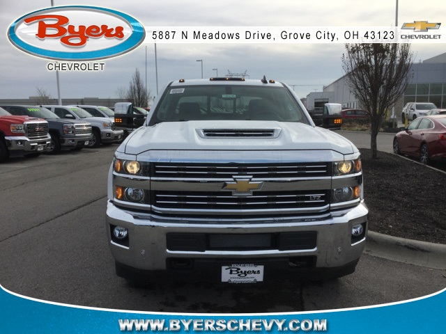 2019 Silverado 3500 Crew Cab 4x4,  Pickup #190246 - photo 3