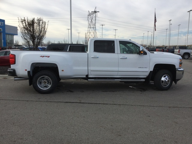2019 Silverado 3500 Crew Cab 4x4,  Pickup #190246 - photo 8
