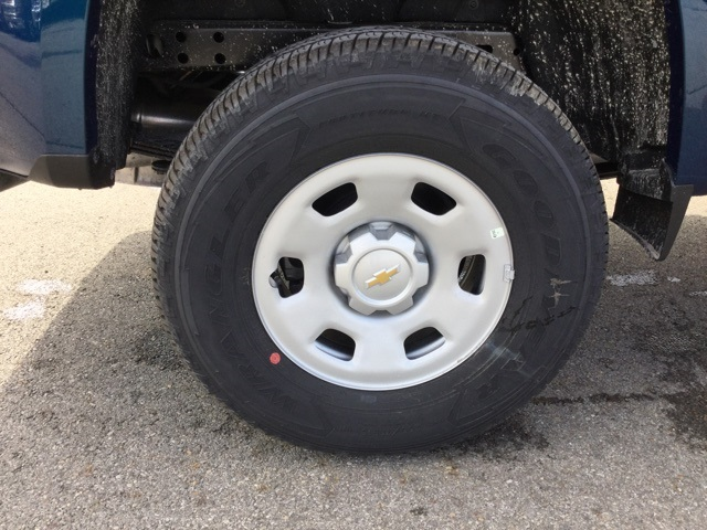 2019 Colorado Extended Cab 4x2,  Pickup #190279 - photo 9