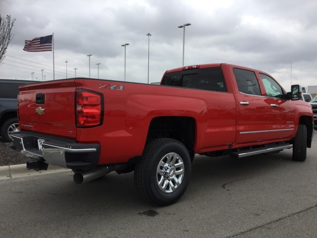 2019 Silverado 2500 Crew Cab 4x4,  Pickup #190323 - photo 6