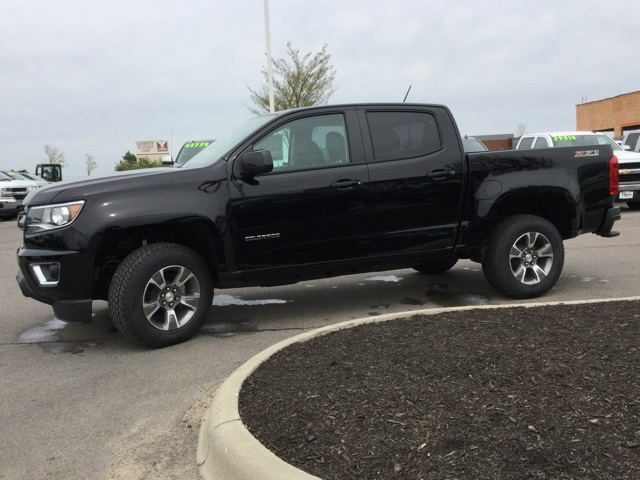 2019 Colorado Crew Cab 4x4,  Pickup #190414 - photo 7