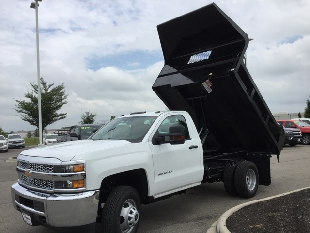 2019 Silverado 3500 Regular Cab DRW 4x2,  Knapheide Dump Body #193002 - photo 10
