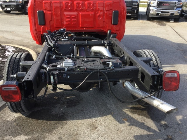 2019 Silverado 2500 Double Cab 4x4,  Cab Chassis #193018 - photo 7