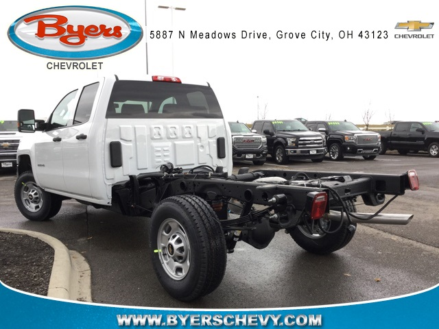 2019 Silverado 2500 Double Cab 4x4,  Cab Chassis #193023 - photo 2