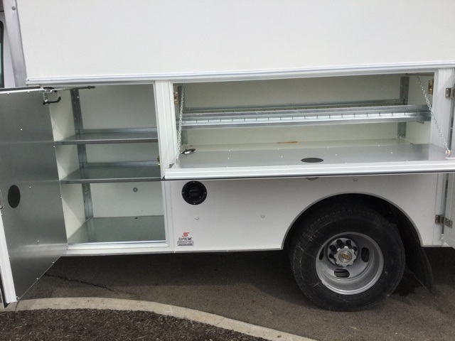2019 Express 3500 4x2,  Supreme Cutaway Van #193053 - photo 17