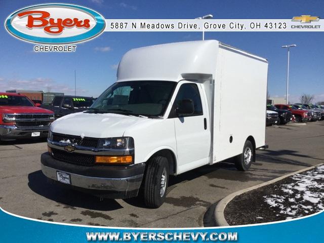 2019 Express 3500 4x2,  Supreme Cutaway Van #193057 - photo 4