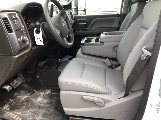 2019 Silverado 3500 Crew Cab 4x4,  Knapheide Service Body #193075 - photo 35
