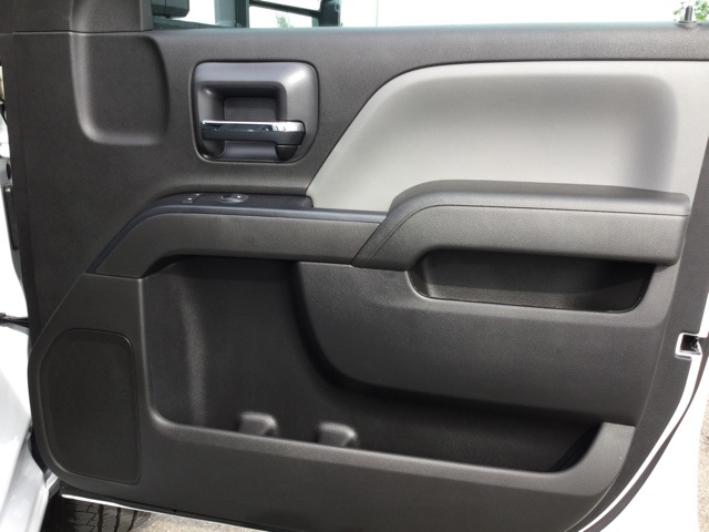 2019 Silverado 3500 Crew Cab 4x4,  Knapheide Service Body #193075 - photo 39