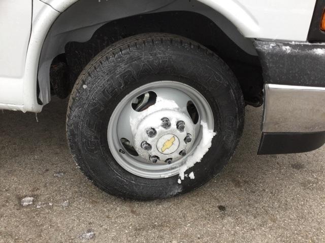 2019 Express 3500 4x2,  Supreme Iner-City Cutaway Van #C193030 - photo 10