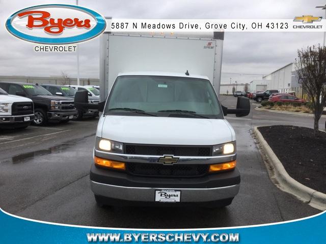 2019 Express 3500 4x2,  Supreme Iner-City Cutaway Van #C193033 - photo 3