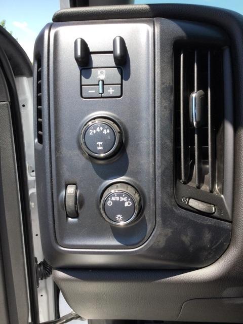 2019 Silverado Medium Duty Regular Cab 4x4,  Cab Chassis #C193083 - photo 20