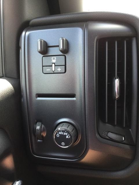 2019 Silverado 2500 Double Cab 4x2,  Cab Chassis #C193091 - photo 14