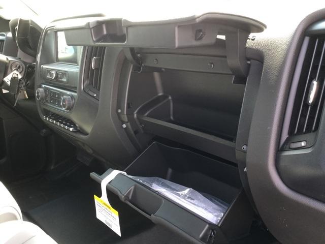 2019 Silverado 2500 Double Cab 4x2,  Cab Chassis #C193091 - photo 25
