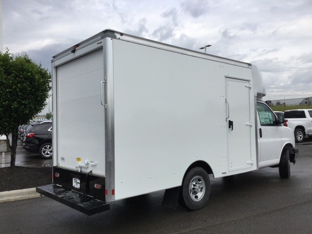 2019 Express 3500 4x2,  Cutaway Van #C193122 - photo 1