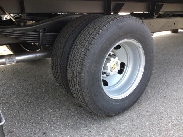 2019 Express 3500 4x2, Supreme Iner-City Cutaway Van #C193151 - photo 9