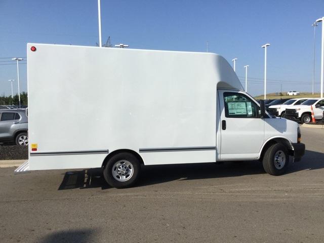 2019 Express 3500 4x2, Unicell Aerocell CW Cutaway Van #C193153 - photo 9