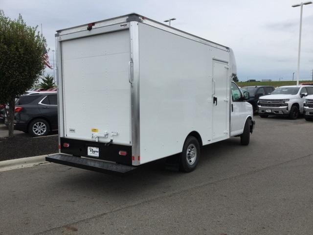 2019 Express 3500 4x2, Supreme Cutaway Van #C193159 - photo 1