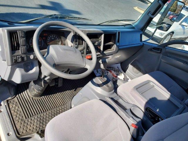2019 Chevrolet LCF 4500 Crew Cab DRW 4x2, Freedom GrassPro Dovetail Landscape #C193228 - photo 23