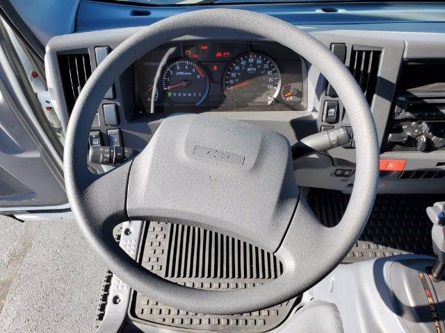2019 Chevrolet LCF 4500 Crew Cab DRW 4x2, Freedom GrassPro Dovetail Landscape #C193228 - photo 25