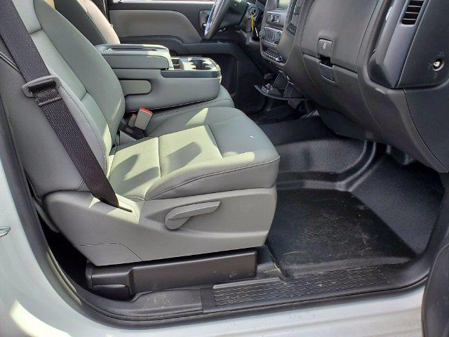 2020 Silverado 4500 Regular Cab DRW 4x2,  Knapheide Heavy-Hauler Junior Stake Bed #C203045 - photo 24