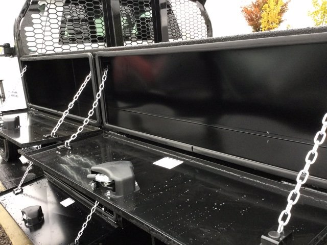 2020 Chevrolet Silverado 5500 Regular Cab DRW 4x2, Knapheide Concrete Concrete Body #C203055 - photo 32