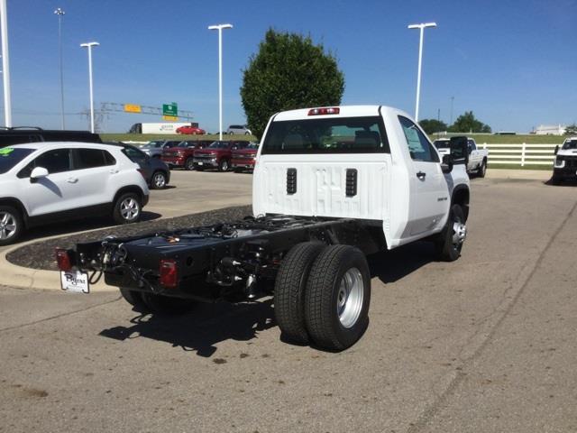 2020 Chevrolet Silverado 3500 Regular Cab DRW 4x4, Cab Chassis #C203116 - photo 1